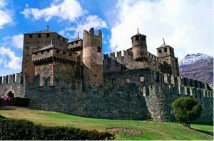 Замок в Фенисе, XIII век