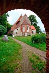 Старейшая церковь Рюгена, построена около1200 года.
